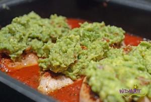 Poulet mit Avocado vor dem überbacken