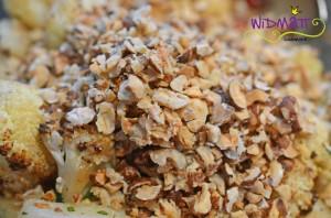 Bluemnkohlsalat mit Nüssen