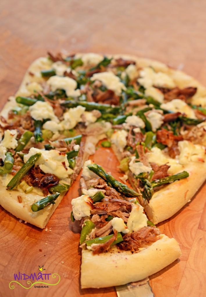 © widmatt.ch Pizza mit Spargel u Pulled Pork